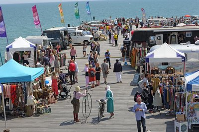 hastings classic car boot sale pier 2017