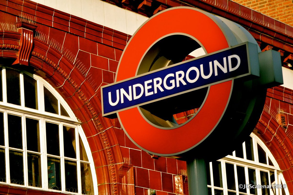 London Underground Roundel.jpg